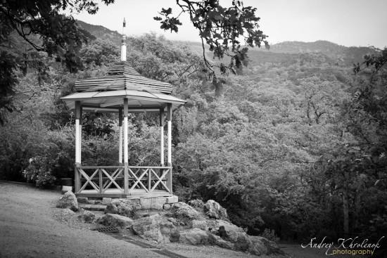 Беседка в Никитском ботаническом саду © Фотограф Андрей Хроленок