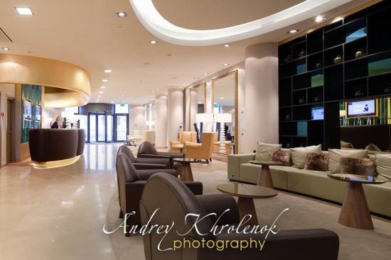 Лобби отеля Меркуре Павелецкая. © Photographer Andrey Khrolenok