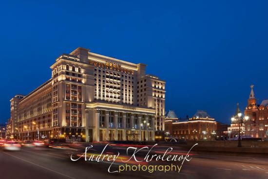Night lighting of hotel «Moscow». Photographer: Andrey Khrolenok