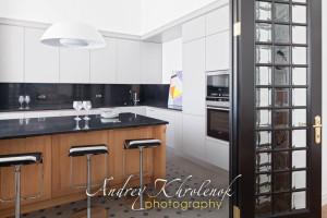 Панорама кухни. Современная квартира. Фотограф: Андрей Хроленок