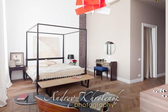 Спальня в современном стиле. © Фотограф: Андрей Хроленок